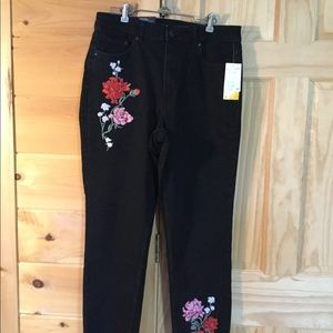 Women's Divided Booty Fit Jeans.  Red Rose Design